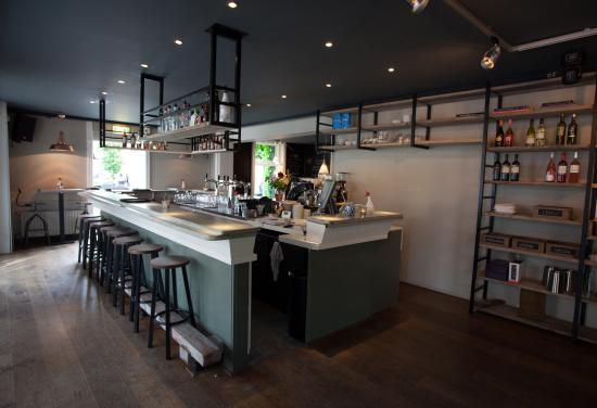 Dieren, Nederländerna: Bar