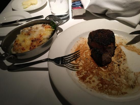 Delmonico Steakhouse: photo0.jpg