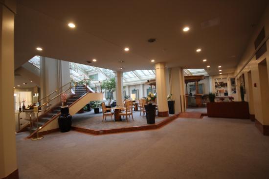 Metropole Hotel Interlaken Bild