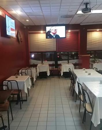 Everett, MA: Brothers Kafe Kreyol