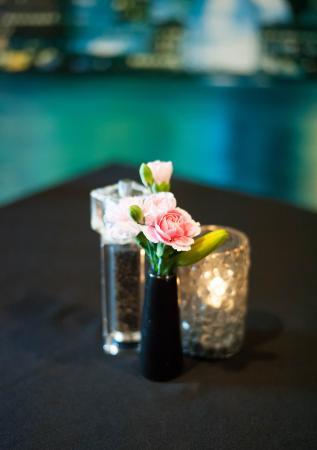 Galax, فيرجينيا: fresh flowers, fine dining, affordable prices!