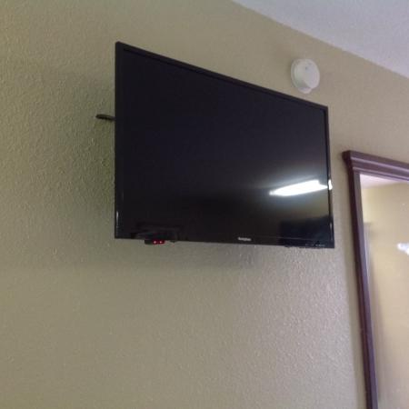 Budget Inn: new flat screen tv