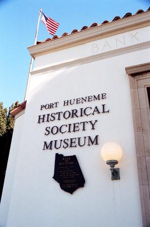 Port Hueneme, Californien: Museum is housed in 1925 Hueneme Bank Building.