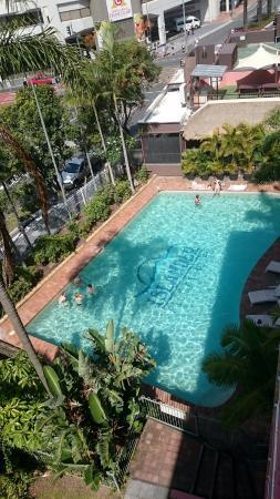 Islander Backpacker Resort: Outdoor pool