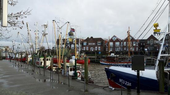 Aufgang vom hafen zum buddelschiffmuseum bild von hafen for Wohnzimmer dornstetten