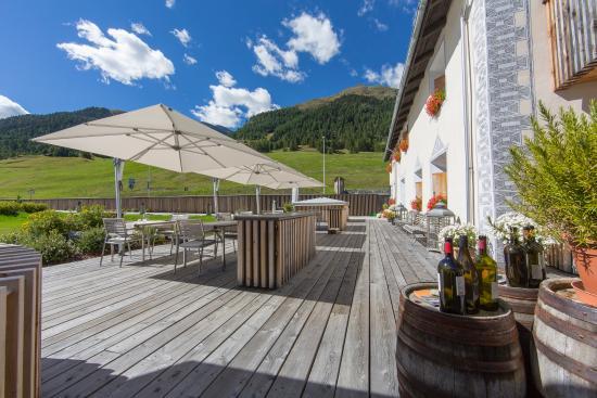 Brail, İsviçre: IN LAIN Terrasse