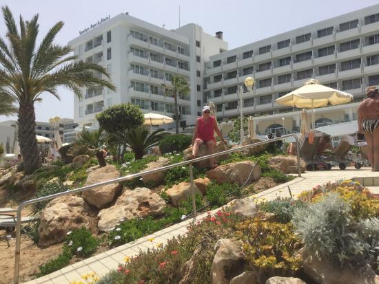 サンライズ ビーチ ホテル  Image