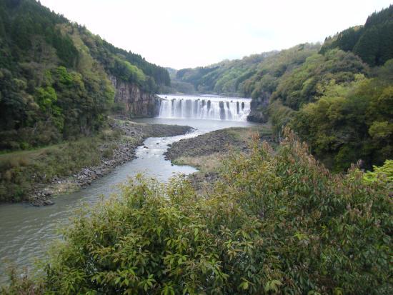 Bungoono, Japan: 沈堕の滝 遠景