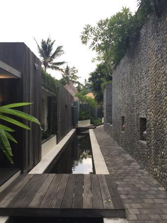 The Purist Villas and Spa: 走廊