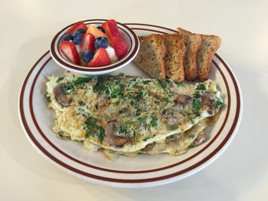 Ridgefield, CT: Light & Fit Omelet