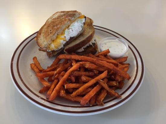 Ridgefield, CT: Chicken Melt & Sweet Potato Fries
