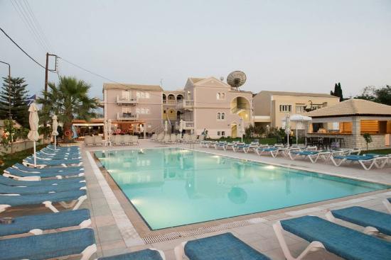 Ekati Hotel