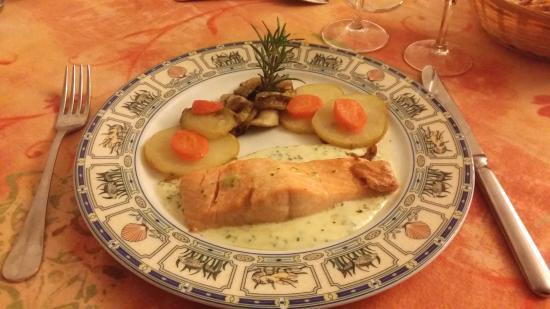 Chalabre, Frankrike: saumon à l'oseille