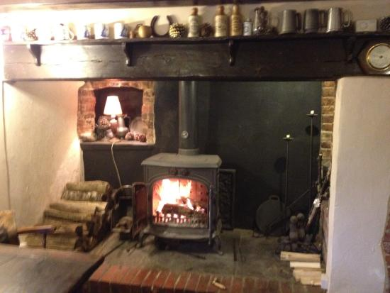 The Holman Clavel Inn: Always warm even during these cold winter months