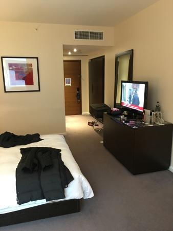 Hilton London Canary Wharf: スタンダードな室内