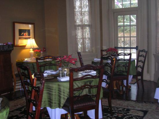 The Sayre Mansion Inn: Breakfast Room