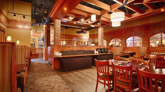 Neenah, WI: Dining Area