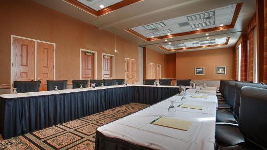 Best Western Premier Bridgewood Resort Hotel: Meeting Room