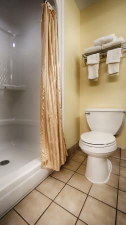 Pickerington, OH: Bathroom