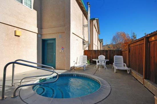 Cloverdale, كاليفورنيا: Hot Tub