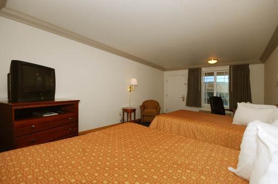 Cloverdale, CA: Double Queen Guest Room