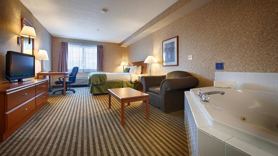 BEST WESTERN Rama Inn: guest room