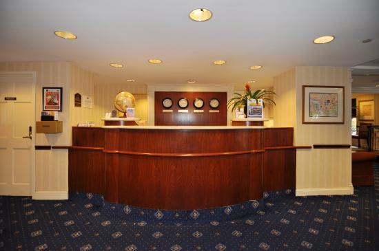 BEST WESTERN Georgetown Hotel & Suites: Lobby