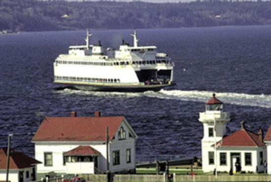 Everett, WA: Lighthouse & Ferry