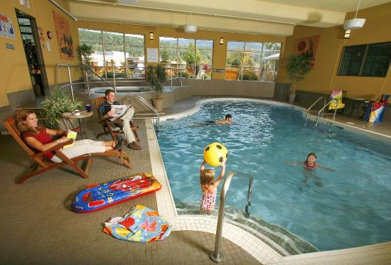 Fernie, كندا: Pool and Hot Tub