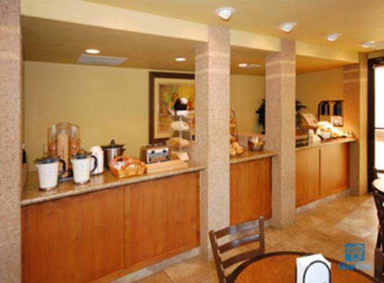 Cottonwood, AZ: Hot Breakfast Buffet