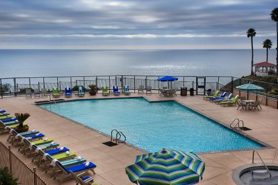 BEST WESTERN PLUS Shore Cliff Lodge: Pool