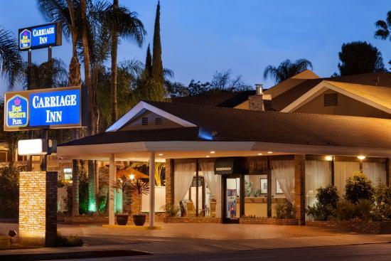 BEST WESTERN PLUS Carriage Inn: BESTWESTERNPLUSCarriage Inn Exterior
