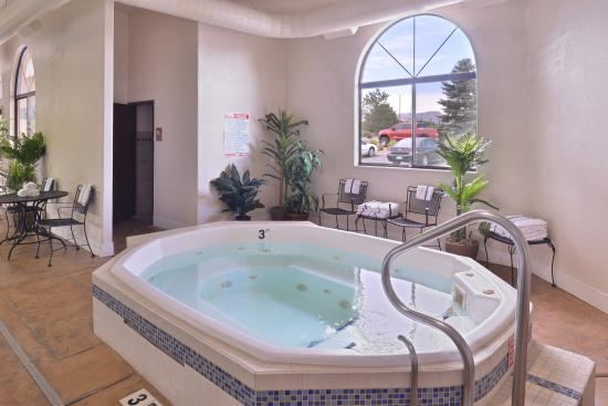 Best Western Grande River Inn & Suites: Hot Tub