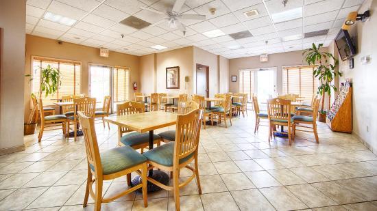 Best Western Ocala Park Centre: Breakfast