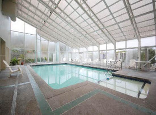 بست ويسترن بلس كوتيناي ريفر إن كازينو آند سبا: Indoor Pool and Hot Tub