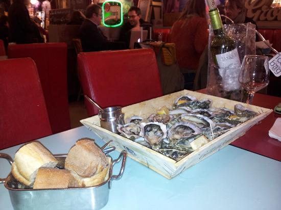 Exterieur quai paris omd men om restauranger tripadvisor for Exterieur quai le bouillon