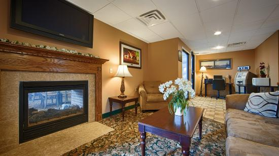 BEST WESTERN of Lake George: Lobby