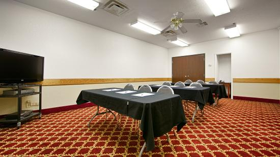 Best Western Plus Yukon: Conference Center