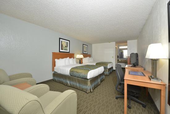 Ingleside, TX: Two Queen Guest Room