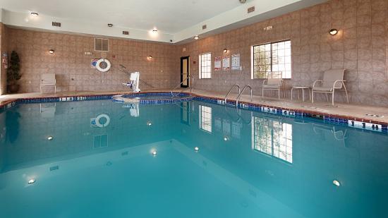 Quanah, Teksas: Inndoor Swimming Pool And Hot Tub