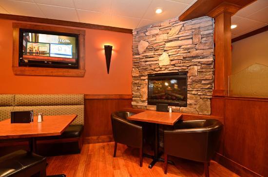 Aldergrove, كندا: White Spot Lounge
