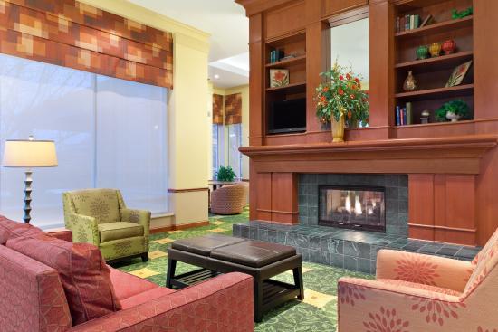 Independence, MO: Pavilion Lobby