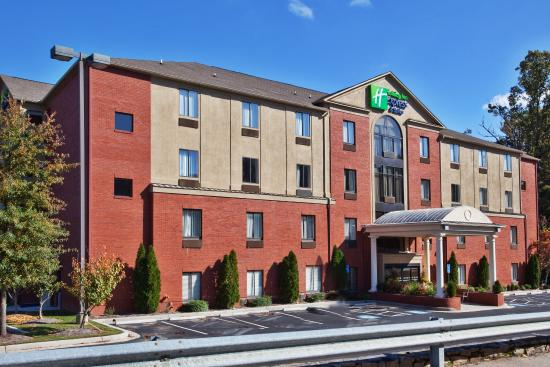 Holiday Inn Express Atlanta-Emory University Area: Hotel Exterior