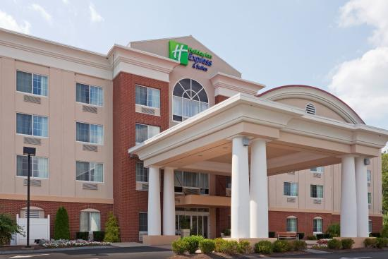 Photo of Holiday Inn Express Suites Middleboro