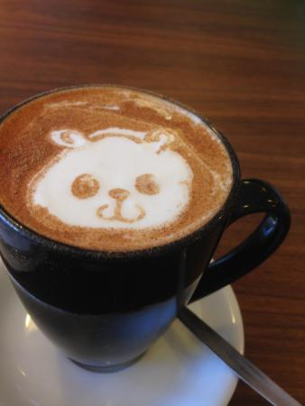 Joondalup, Australië: Cute panda on my Chai Lattte