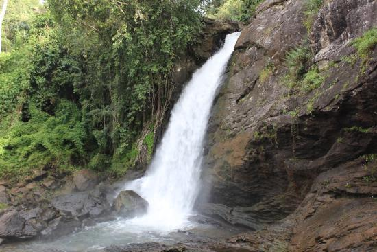 Soochippara Falls (Sentinel Rock Waterfall)