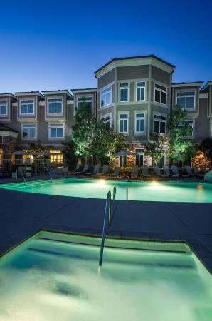 West Inn & Suites Carlsbad: Jacuzzi Spa