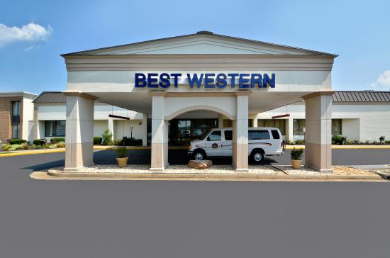 BEST WESTERN Leesburg Hotel & Conference Center: Exterior