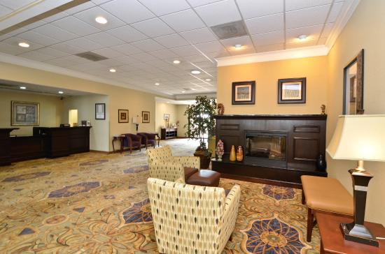 BEST WESTERN Leesburg Hotel & Conference Center: Lobby