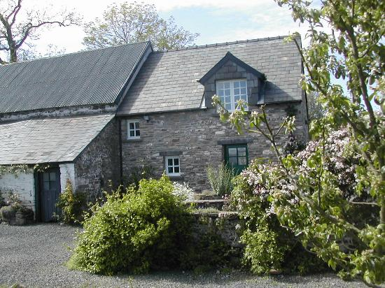 Alltybrain Farm Cottages